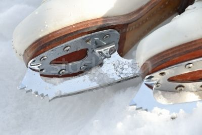 1051657_stock-photo-ice-skating-shoe