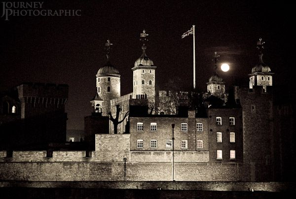 tower_london_night