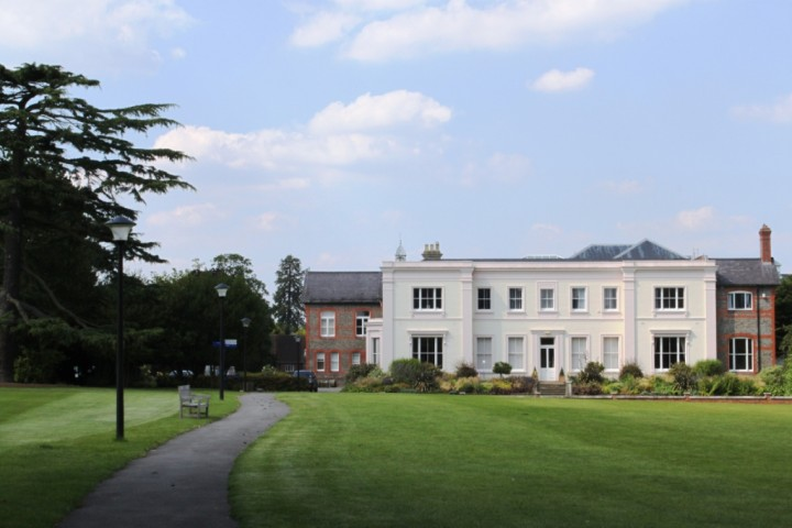 Leighton-Park-School-Building