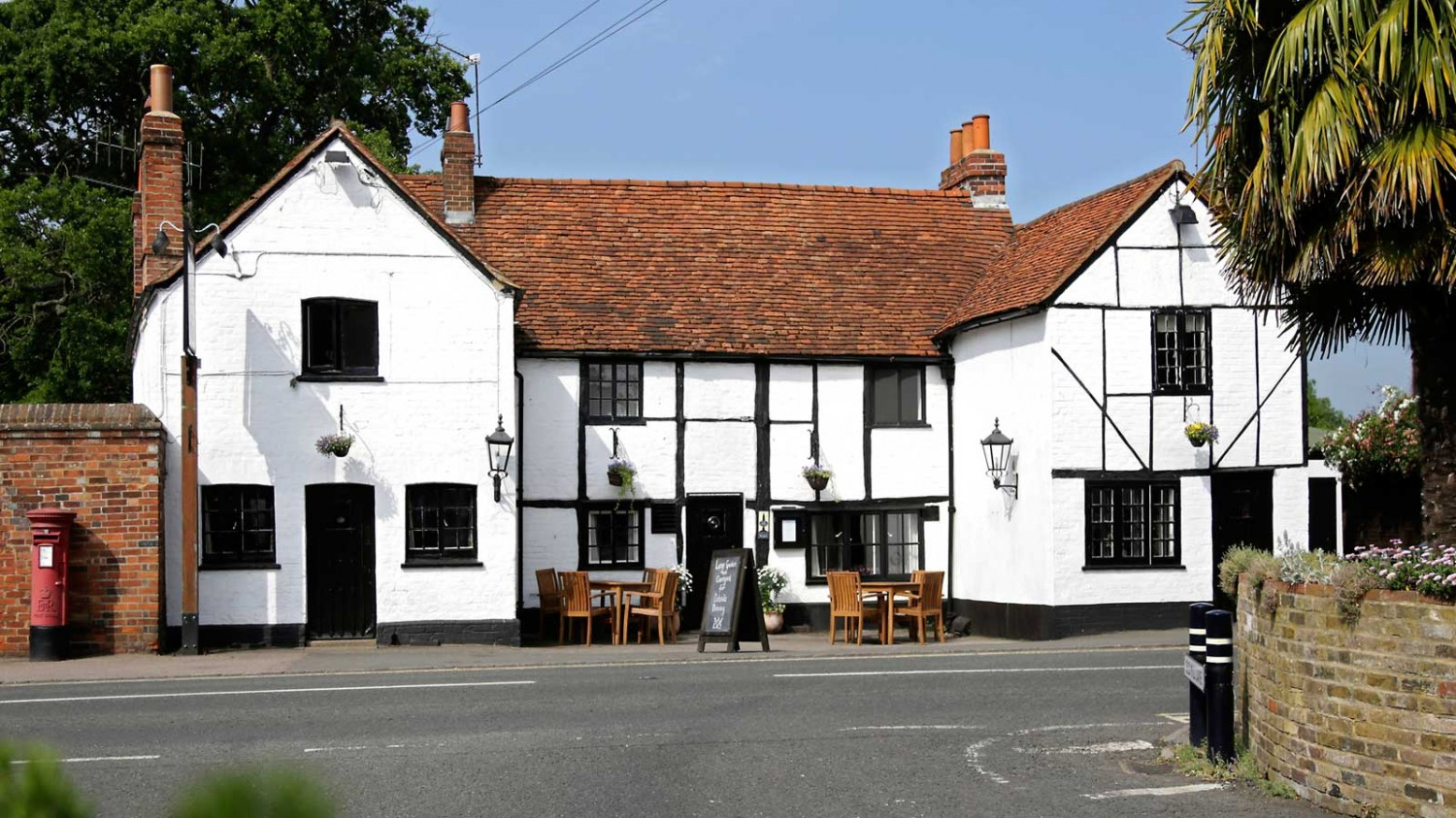 thecrowninbray