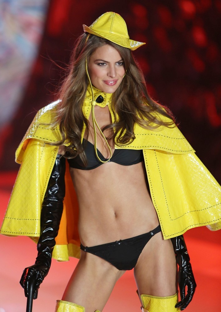 Cameron Russell in Victoria's Secret mode