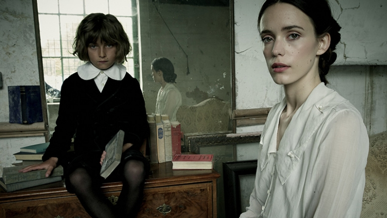 childhood_of_a_leader_29_picture00083_778_438