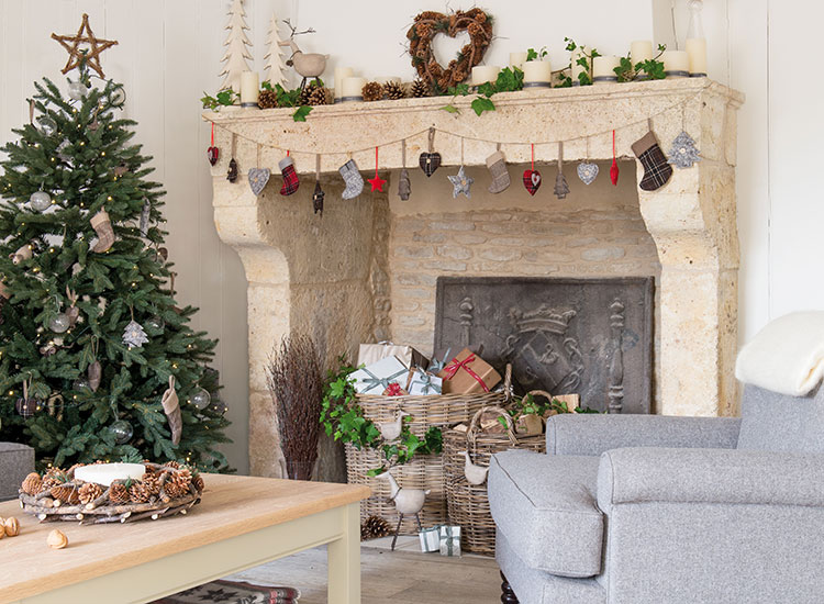 10 country homes amp interiors christmas tickets up for