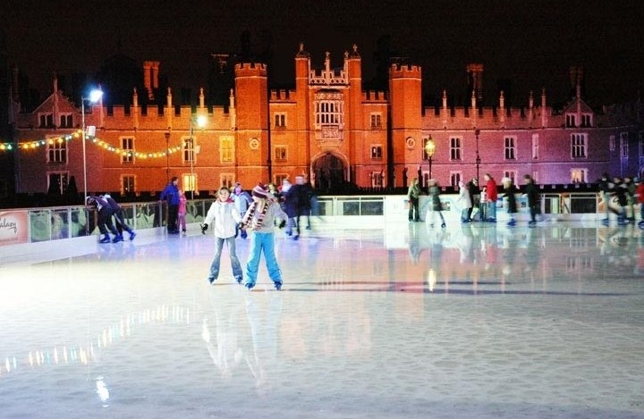 iceskating-hamptoncourt2-e1478632373275