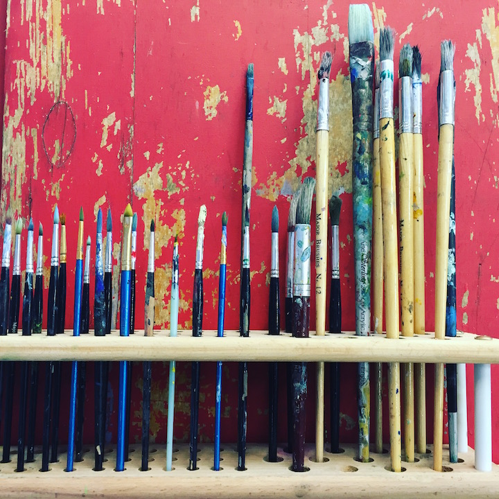 sunningdale-school-paintbrushes
