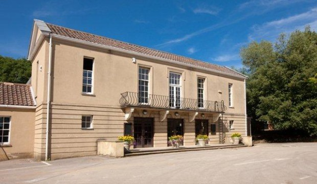 stowe-school-roxburgh-hall-620x360