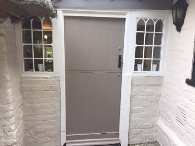 half-moon-cuxham-door
