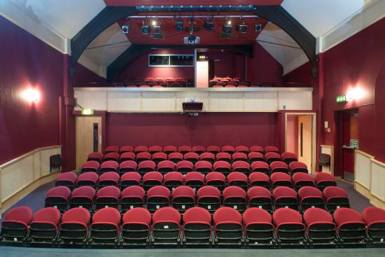 auditorium-players-theatre-thame