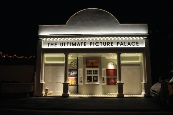 ultimate-picture-palace
