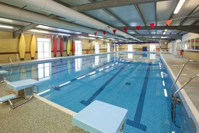 kingham-hill-school-swimming-pool