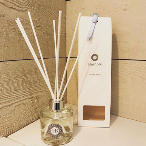 house of bluebell reed diffuser white box wood panelled wall