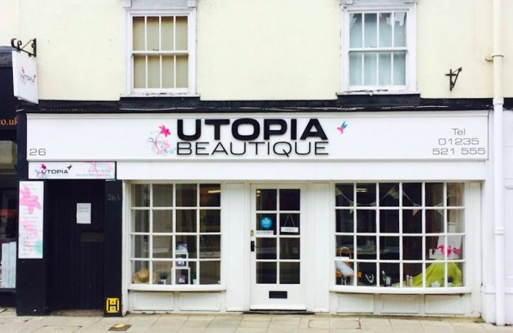 utopia beauty salon she futon exterior