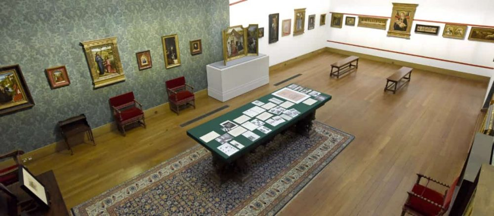 room of paintings, heritage,