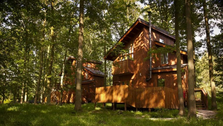forest holidays luxury log cabins