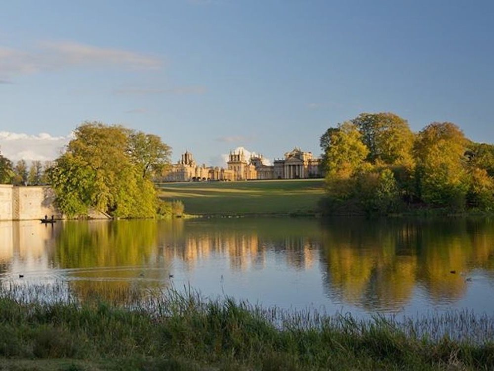 Blenheim Palace outside nature lake trees blue sky building