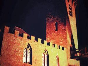 Edgehill castle night