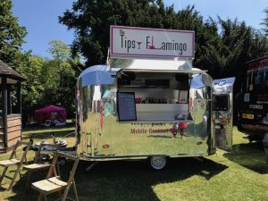 tipsy flamingo drinks van