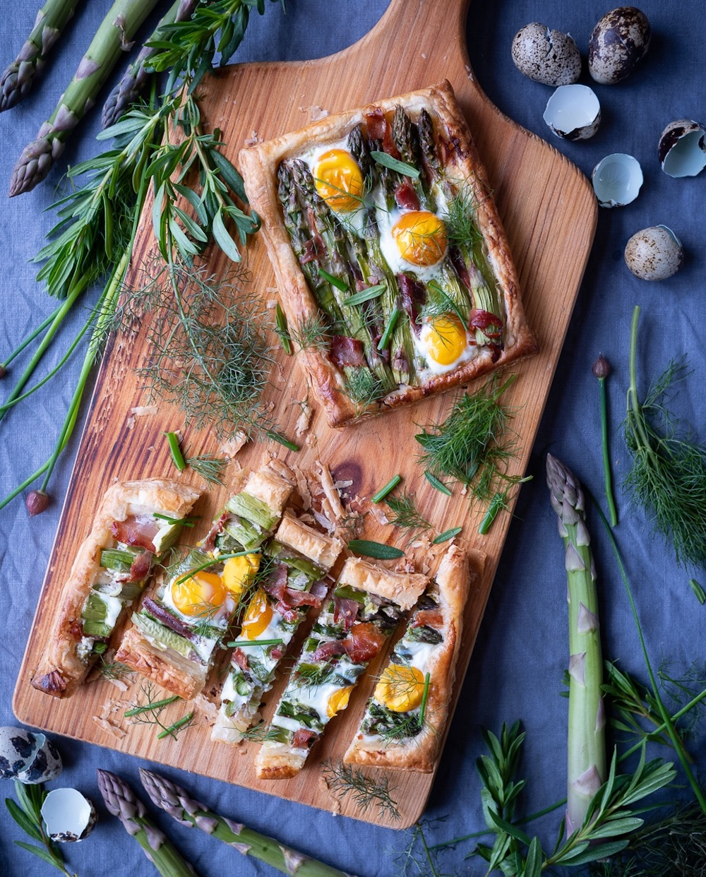 Asparagus tart with quails egg and prosciutto ham recipe