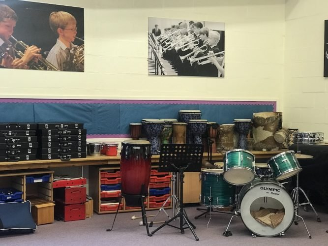 The Beacon School music room