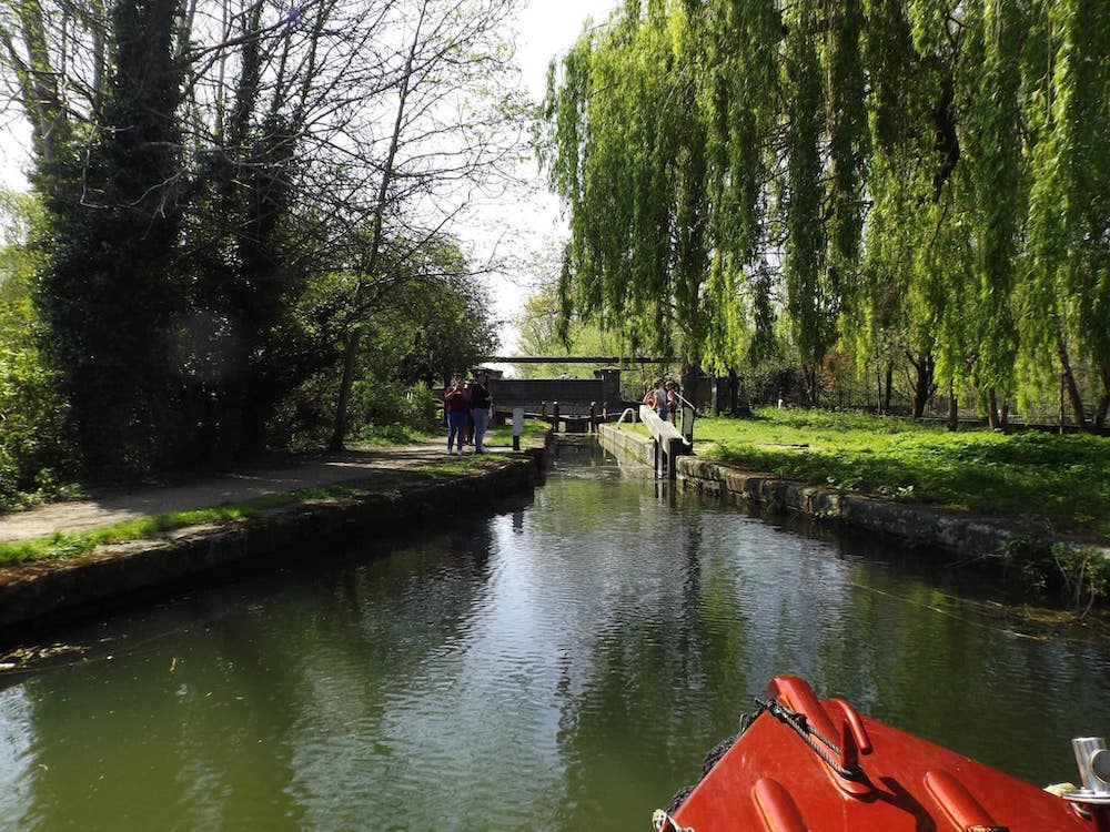 The Little Trip Boat at the Aylesbury Basin